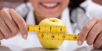 Zdrowie zaczyna się w jelitach! Dietetyk radzi.